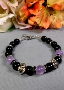 Amethyst bracelet (45 photos): handmade stone jewelry properties
