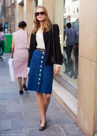 Denim skirt 2019 (174 foto): dengan apa yang dipakai, bergaya, wanita,  untuk kanak-kanak perempuan, saiz besar, barang baru