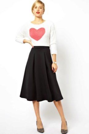 Jupe noire: images à la mode
