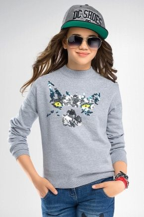 Jumper for girls - stand out from the crowd