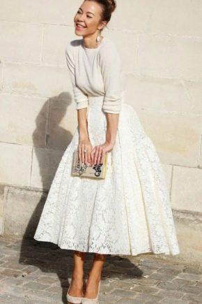 Avec quoi porter une jupe de dentelle - images élégantes