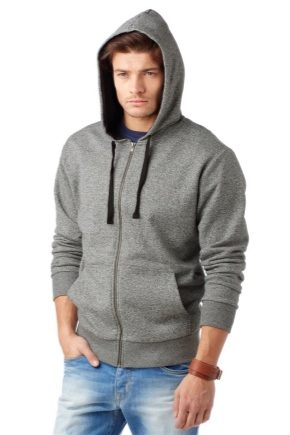 Hooded sweatshirt: how to choose and what to wear?
