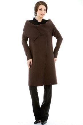 Cappotto marrone - lo stesso classico