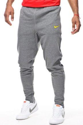 Pantaloni pentru bărbați sport Nike