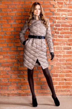 Cappotto trapuntato da donna alla moda