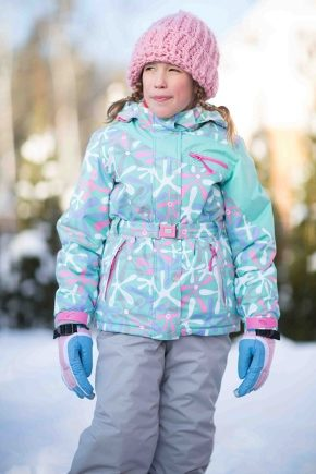 Costume d'hiver pour les filles