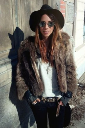 Chapeaux en feutre pour l'automne-hiver