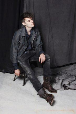 Bottes pour hommes à la mode et élégantes