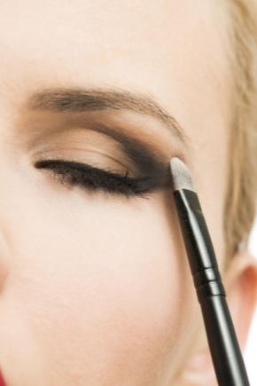 Maquillage en technologie crayon