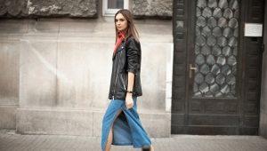 Que puis-je porter avec une longue jupe en jean?