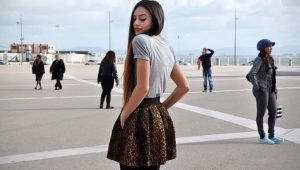 What to wear with a leopard skirt?
