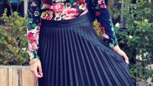 Que puis-je porter avec une jupe plissée?