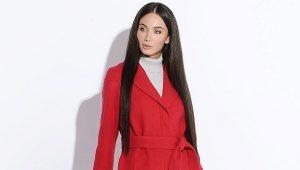 Cappotto rosso da donna - per una personalità brillante!