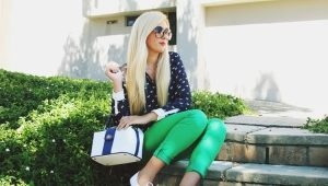 What to wear with green pants?