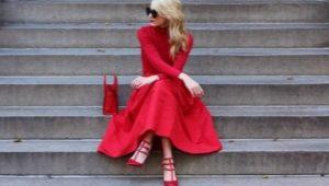 Červené topánky na podpätku