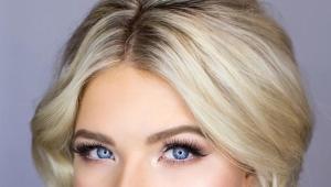 Maquillage pour les yeux bleus et les cheveux blonds