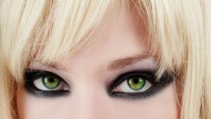 Večerný make-up pre zelené oči