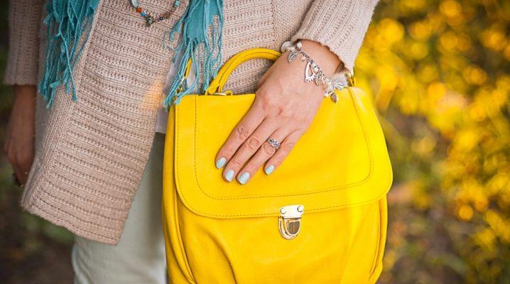 ¿Qué llevar con una bolsa amarilla?