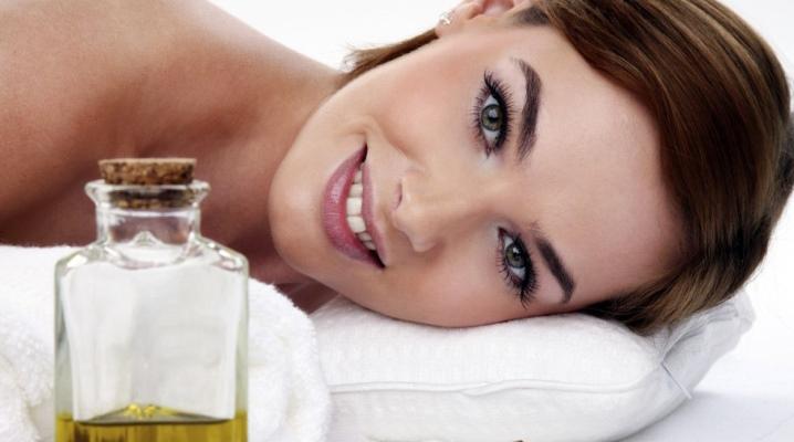 Olej na masáž tváre