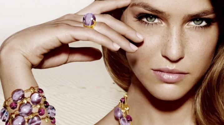 Bracelet en or avec pierres précieuses