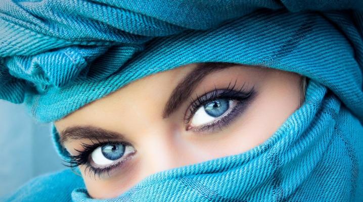 Machiaj pentru ochii albaștri
