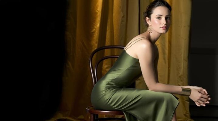 Maquillage sous la robe verte