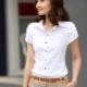 Dámske tričko s krátkym rukávom: ako sa nosí?