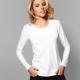 La veste blanche est toujours à la mode!