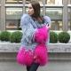 Le manteau de fourrure Lama est un choix glamour!