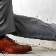 Ako spojiť farbu nohavíc a topánok?