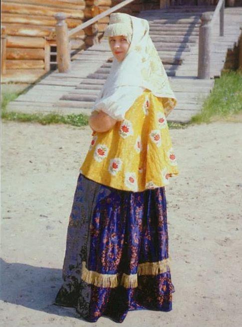 Die Kombination von Gelb in der Kleidung (68 Fotos ...